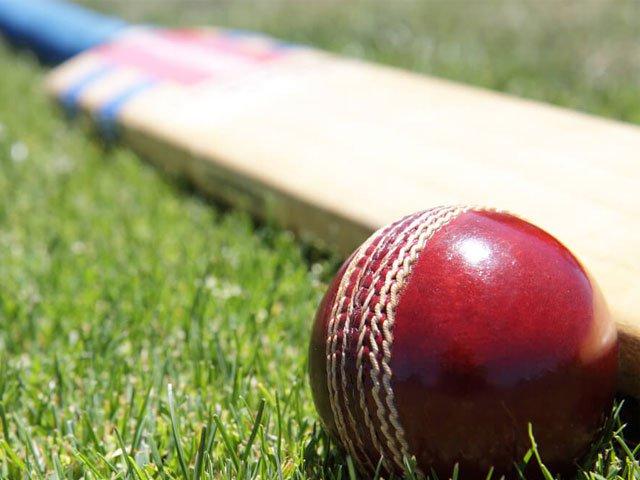 بھارتی ٹیم اس ٹور میں 4 ٹیسٹ، 5 ون ڈے اور2 ٹوئنٹی20 میچز کھیلے گی۔ فوٹو : فائل