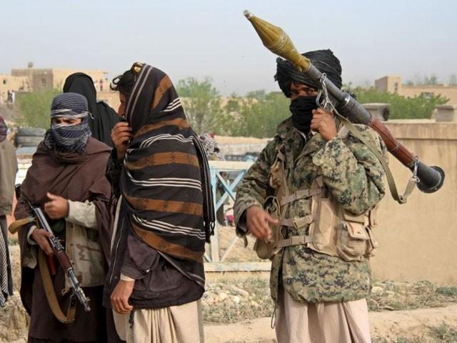 طالبان کاقبضہ ہونے کے بعد فورسز پیچھے ہٹ گئی تھی،گورنراحمد خان۔ فوٹو: فائل