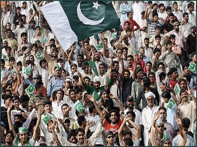 پنجاب کی آبادی11کروڑ،خیبر پختونخواہ 3 کروڑ 5 لاکھ،بلوچستان 1کروڑ 23 لاکھ جبکہ سندھ کی 4 کروڑ 78 لاکھ ہے، ابتدائی نتائج۔ فوٹو : فائل