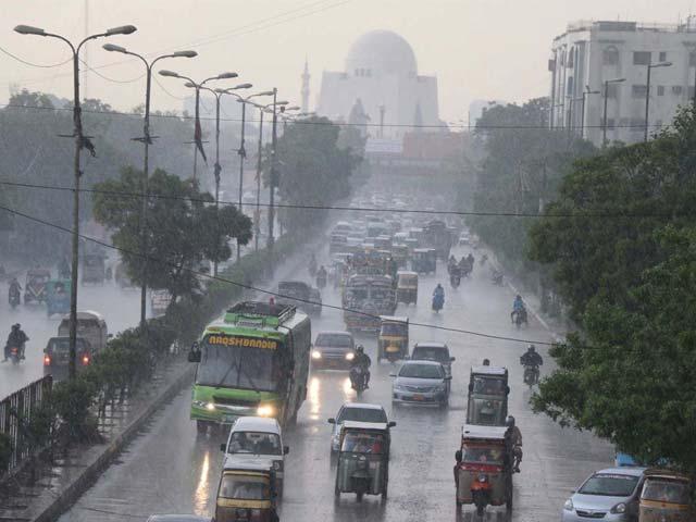 کراچی میں بارشوں کے ساتھ تیزہوائیں چلنے کا امکان ہے چیف میٹرولوجسٹ،فوٹوفائل