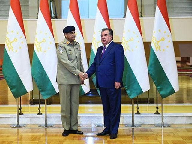 تاجک صدر نے دہشت گردی کے خلاف پاک فوج کے کردار کو سراہا، فوٹو: آئی ایس پی آر