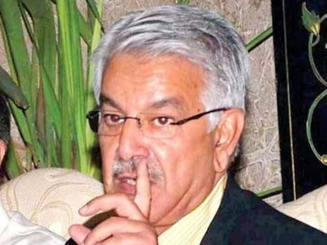 پرویزمشرف نے امریکا کو اڈے دے کر پاکستان کی خود مختاری کو نقصان پہنچایا،خواجہ آصف ۔: فوٹو: فائل