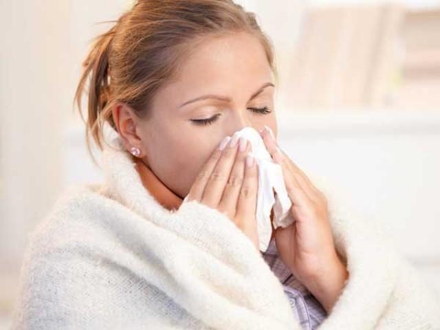 نزلہ اور زکام عام طور پر ایک سمجھے جانے والی یہ دونوں بیماریاں ایک دوسرے سے بالکل مختلف ہیں ؛فوٹوفائل