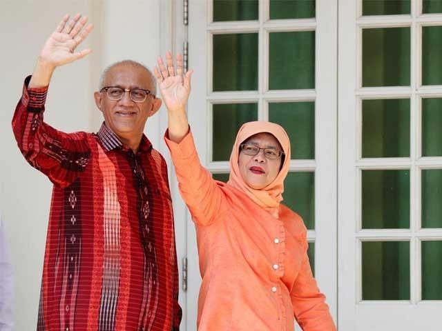 حلیمہ یعقوب نے صدارتی محل کی بجائے اپنے فلیٹ میں رہنے کا فیصلہ کیا ہے۔ فوٹو: رائٹرز