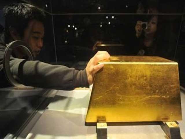 اس وقت چین میں ہر سال اوسطاً 450 ٹن سونا نکالا جارہا ہے۔ فوٹو: فائل