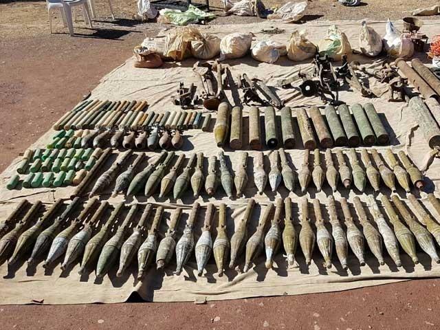 گاڑی سے ملنے والا بارودی مواد پاکستان ہی میں تیار ہوا، پولیس فوٹو: فائل