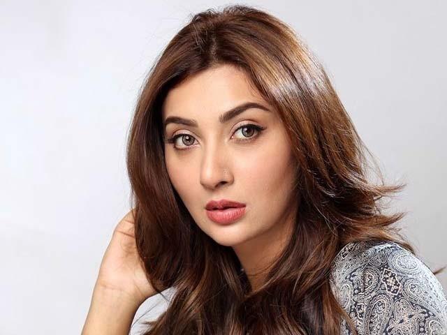 میرے نزدیک تعداد سے زیادہ کوالٹی اہمیت رکھتی ہے، عائشہ خان۔ فوٹو: فائل