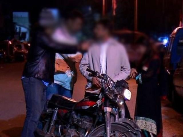 گرفتار ملزمہ نے اسکول ٹیچر سمیت 3 افراد کو قتل کرنے کا اعتراف بھی کیا ہے، پولیس۔ فوٹو:فائل