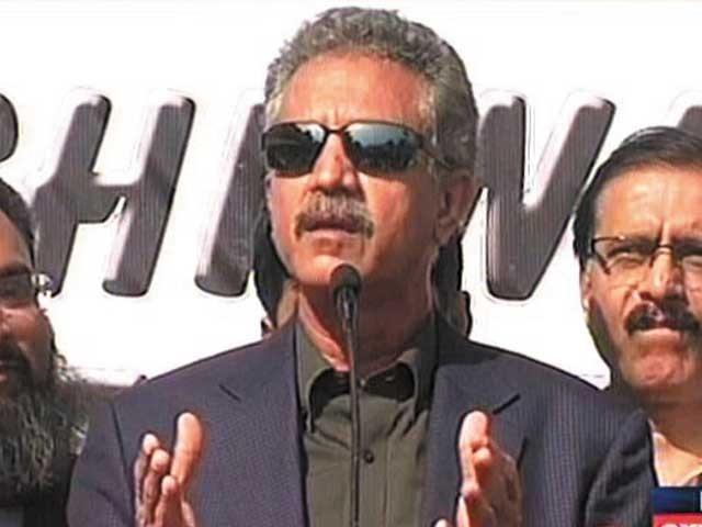 اس وقت کراچی کا سب سے بڑا مسئلہ سیورج ہے، وسیم اختر فوٹو: فائل