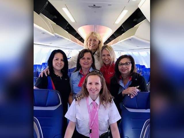 سان فراسسکو سے سینٹ لوئیس جانے والی بوئنگ 737 میکس 8 کی پرواز کو ''ان مینڈ '' یعنی ''مرد عملے کے بغیر'' کا نام دیا گیا:فوٹو:ُٹوئٹر