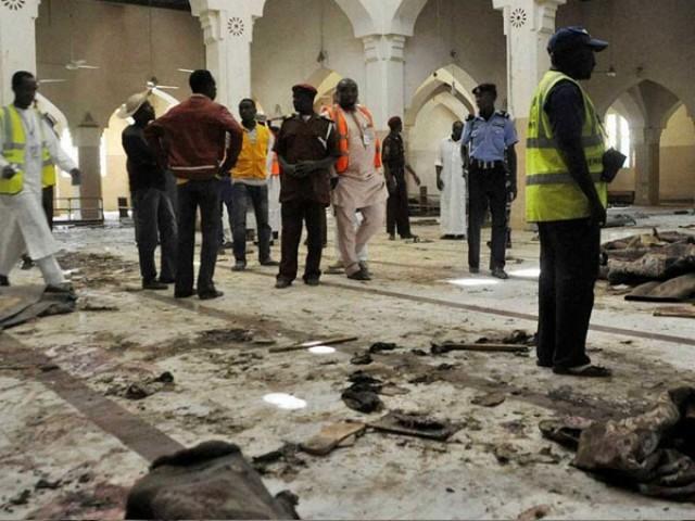 خودکش حملہ آور نے دوران نماز خود کو دھماکے سے اڑالیا،پولیس:فوٹو:فائل