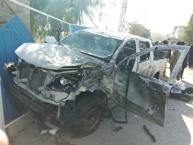 ڈی آئی جی پولیس جیسے ہی اپنے گھر سے نکلے حملہ آور نے خود کو گاڑی کے قریب دھماکے سے اڑالیا، ذرائع۔ فوٹو : سوشل میڈیا