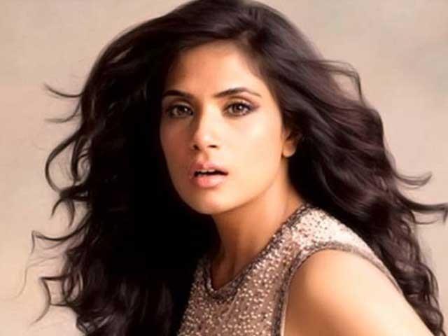 پاکستان کے لوگ بہت گرمجوش اور اچھے ہوتے ہیں، اداکارہ ریچا؛ فوٹوفائل