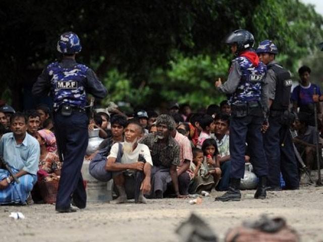 میانمار میں روہنگیا مسلمانوں کا قتل عام تاحال جاری:فوٹو:فائل
