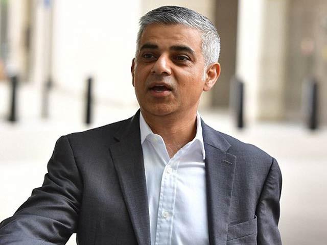 ٹرمپ نے لندن میں بڑے پیمانے پرمظاہروں کے خوف سے دورہ ملتوی کیا، میئر لندن  - فوٹو: فائل
