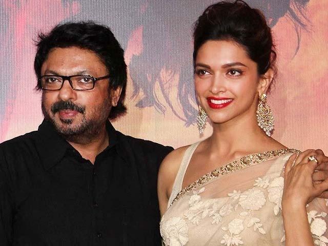 فلم 'پدماوت' 25 جنورہ کو ریلیز کی جائے گی۔ فوٹو: فائل