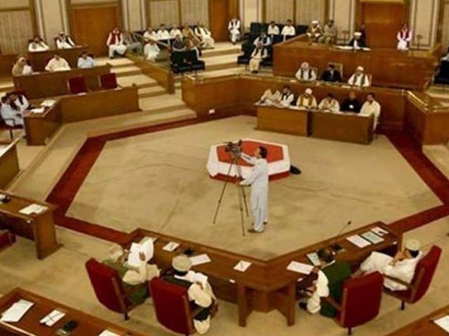 ہم نے پہلے ہی بہت وقت ضائع کیا ہے ، ہمیں  تیزی سے کام کرنا ہوگا، وزیر اعلیٰ بلوچستان ۔فوٹو: فائل