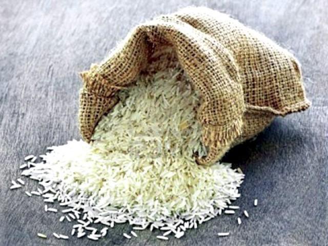 8ماہ میں 1ارب22 کروڑ ڈالر کا 25 لاکھ 91 ہزار میٹرک ٹن چاول برآمد کیا جا چکا۔ فوٹو: فائل