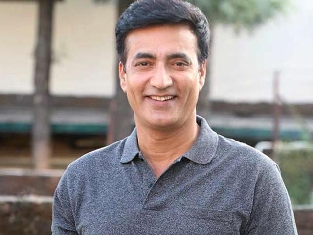 نریندرا جھا نے رئیس، قابل اور حیدر جیسی کامیاب فلموں میں اداکاری کے جوہر دکھائے۔ فوٹو: فائل