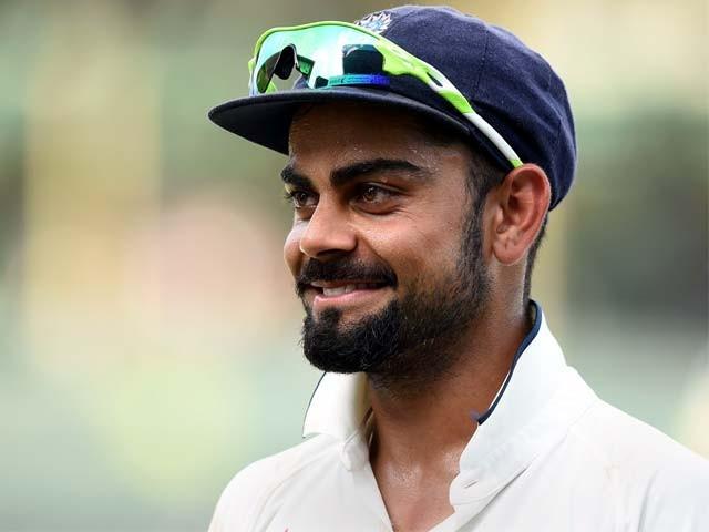 ہیرس کا اشارہ اس ٹیسٹ کی جانب تھا جس میں کوہلی نے امپائرز سے شکایت کے بعد گیند کو غصہ سے نیچے پھینکا تھا۔ فوٹو : اے ایف پی