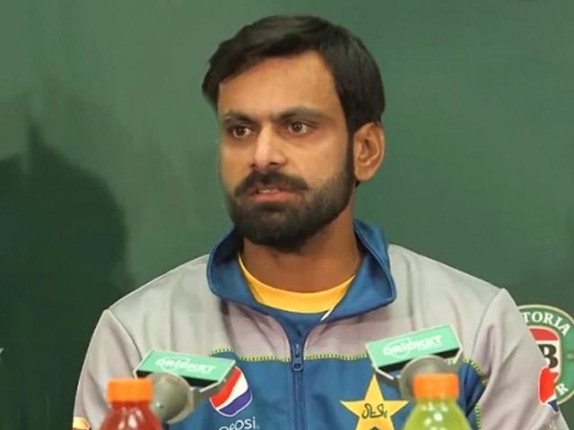 جو غیرملکی کرکٹرز اس مرتبہ نہیں آئے امید ہے وہ بھی اگلے ایونٹ میں پاکستان آئیں گے، آل راؤنڈر۔ فوٹو : فائل