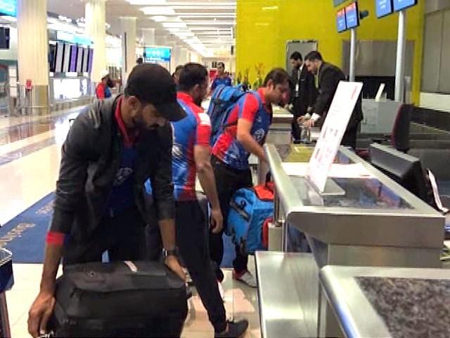پاکستان پہنچنے والوں میں پشاور زلمی، کراچی کنگز اور کوئٹہ کلیڈی ایٹرز کے کھلاڑی شامل ہیں۔ فوٹو: سوشل میڈیا