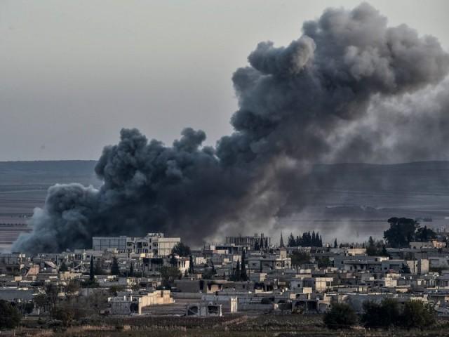 شام میں ایک کروڑ 20 لاکھ افراد اپنا گھر چھوڑنے پر مجبور ہوئے، اقوام متحدہ۔ فوٹو : اے ایف پی