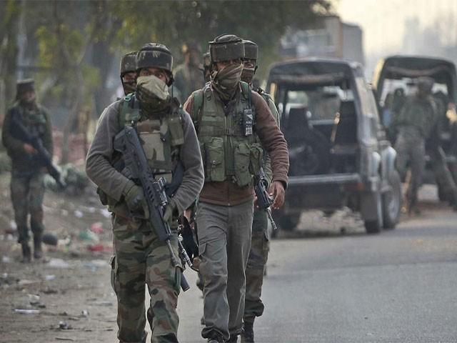ہلاک ہونے والوں میں دو فوجی اور دو پولیس اہلکار شامل ہیں،بھارتی میڈیا،فوٹو:فائل