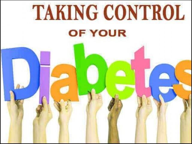 ذیابیطس کے مرض پر دواؤں کے بغیر بھی قابو پایا جاسکتاہے۔ فوٹو : فائل
