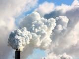 دنیا بھر میں فضائی آلودگی سے ہونے والی اموات (61 لاکھ) میں سے 50 فیصد اموات کے ذمہ دار صرف دو ممالک چین اور بھارت ہیں(فوٹو: فائل)