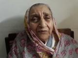 50 سال ہونے کو ہیں لیکن میرے سسرالی حق مہر کی ادائیگی نہیں کررہے ، بیوہ خاتون فوٹو احتشام بشیر