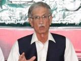 عمران خان نے صادق سنجرانی کو سپورٹ کرنے کا کہا تھا، پرویز خٹک۔ فوٹو: فائل