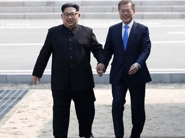 کم جنگ ان جنوبی کوریا کی سرحد پار کرنے والے پہلے شمالی کورین رہنما ہیں۔ فوٹو : سوشل میڈیا
