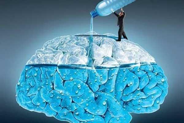 water-good-for-brain-1522696820.jpg (600×400)