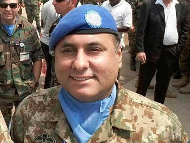 پاک فوج کے جوانوں نے اپنے خون سے آزادی کی قیمت ادا کی، وزیراعظم شاہد خاقان عباسی فوٹو:فائل