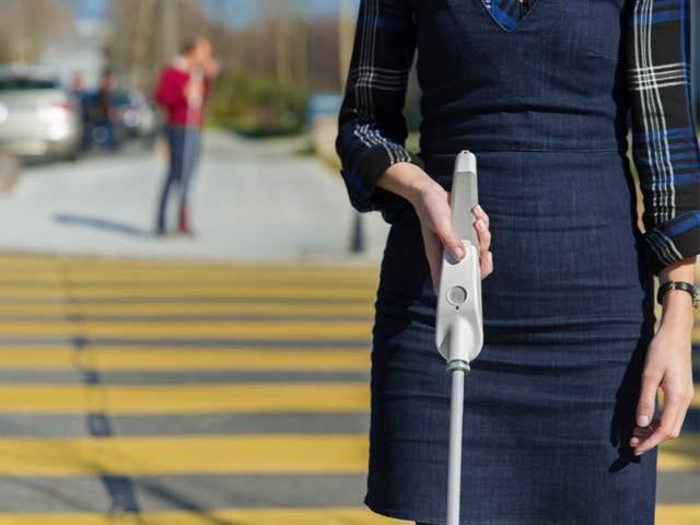 وی واک اسمارٹ اسٹک کی قیمت 35 ہزار روپے تک تجویز کی گئی ہے۔ فوٹو: بشکریہ وی واک