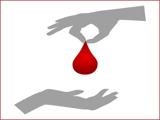 خون عطیہ کرنے کی اہمیے اور افادیت سے متعلق آگہی پھیلانے کی اشد ضرورت ہے۔ فوٹو: انٹرنیٹ