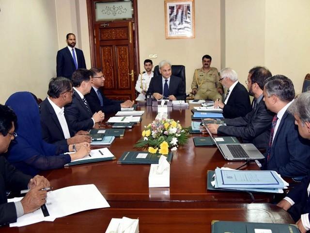 اعظم سلیمان خان چیف سیکریٹری سندھ اور امجد جاوید سلیمی کو آئی جی سندھ تعینات کیا گیا ہے۔ فوٹو : فائل