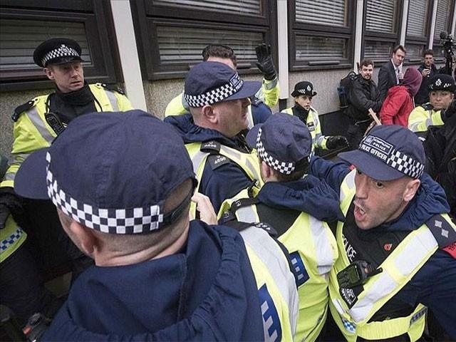 ملزم کی گرفتارلنکولن شہر سے عمل  میں آئی، فوٹو:فائل