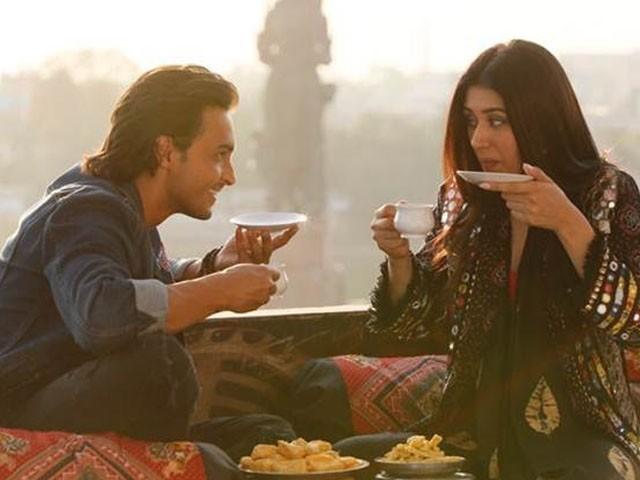 فلم'لوراتری' رواں سال 5 اکتوبر کو سینما گھروں کی زینت بنے گی۔فوٹو: فائل