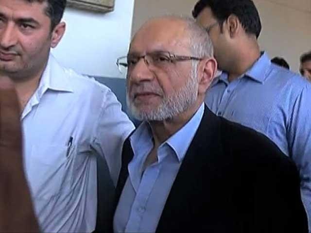 حسین لوائی کی جانب سے بی کلاس کی درخواست دائر کردی گئی فوٹو: فائل