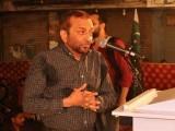 ناخوشگوار صورتحال کی وجہ سے فاروق ستار کو اپنی پریس کانفرنس روکنی پڑگئی فوٹو:سوشل میڈیا