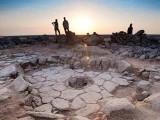 اردن کے سیاہ صحرا سے 14 ہزار سال پرانا تنور دریافت ہوا ہے (فوٹو : بی بی سی)