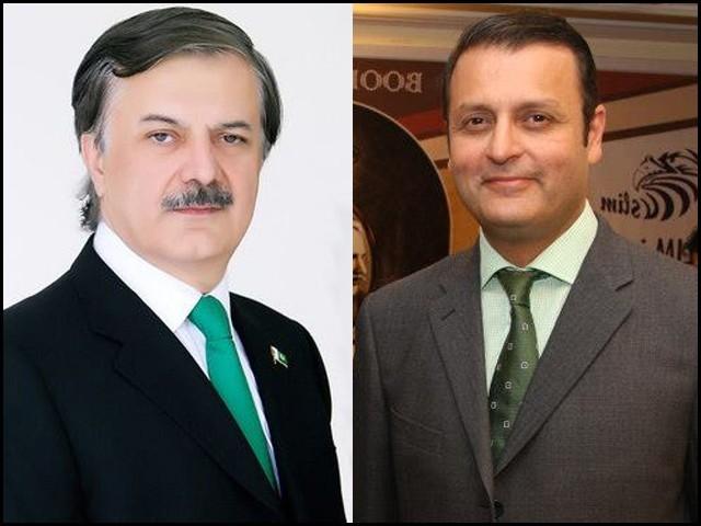 الیکشن سے قبل عمران خان نے ولید اقبال کو ضمنی الیکشن این اے 131 سے لڑانے کا وعدہ کیا تھا، ذرائع۔ فوٹو: فائل