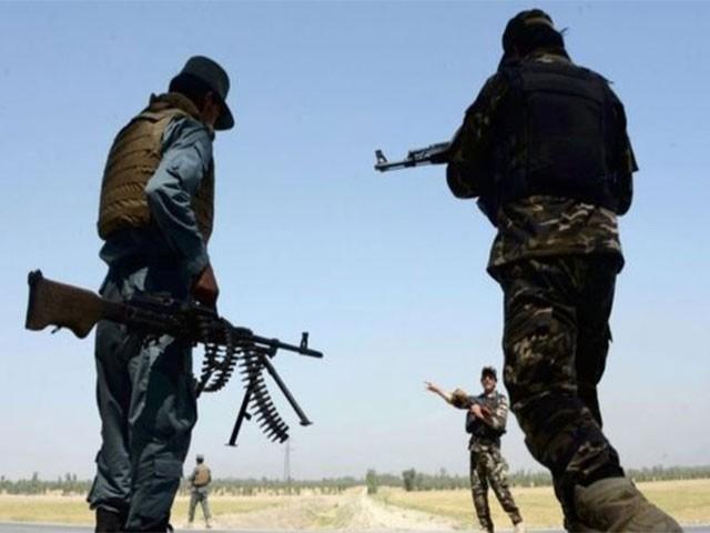 غزنی پر کنٹرول حاصل کرنے کے لیے سیکیورٹی فورسز اور عسکریت پسندوں میں شدید لڑائی جاری ہے (فوٹو: فائل)