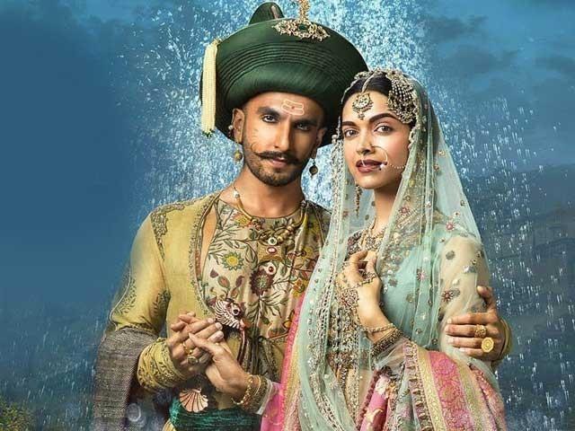دپیکا رنویر کی شادی میں مہمانوں کو موبائل فون لانے کی اجازت نہیں ہوگی فوٹو:فائل
