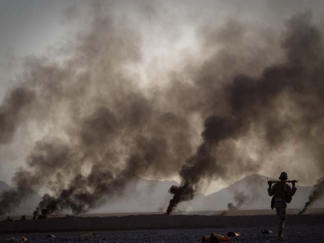 طالبان مضبوط ہوتے جا رہے ہیں اور اتحادی افواج کو پسپائی کا سامنا ہے۔ فوٹو : فائل