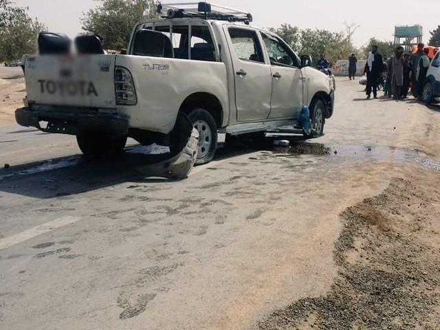 دھماکے کے وقت تاہم اسسٹنٹ کمشنر گاڑی میں موجود نہیں تھے فوٹو: سوشل میڈیا