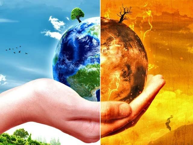 اقوامِ متحدہ کے تحت جاری رپورٹ میں خبردار کیا گیا ہے کہ کرہ ارض کو موسمیاتی تباہی سے بچانے کے لیے وقت کم رہ گیا ہے۔ فوٹو: فائل