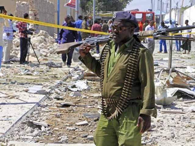 خود کش بمباروں نے ریسٹورنٹ اور کافی شاپ پر حملہ کرکے معصوم شہریوں کو نشانہ بنایا، پولیس (فوٹو: فائل)